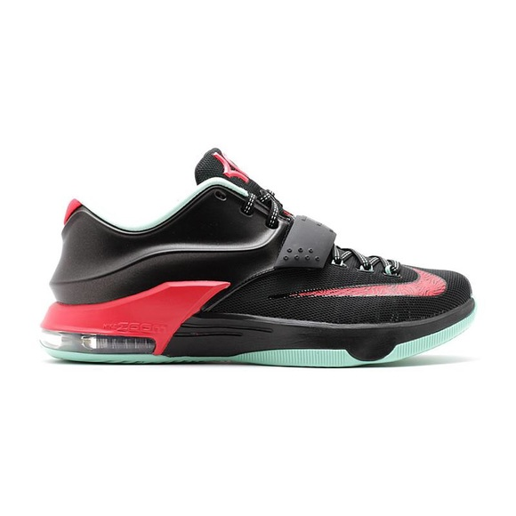 new product 5548a 71aeb ... Nike KD 7 Basketball shoe. M 5c74c18ea5d7c6b79fc998ee